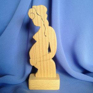 sculptuur-in-verwachting-hout