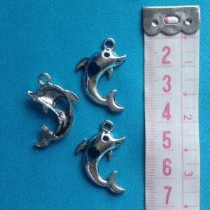 bedeltje-dolfijn-tibetaans-zilver