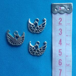bedeltje-zwaantje-tibetaans-zilver