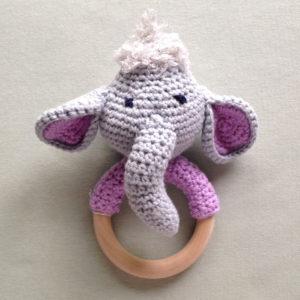 bijtring-olifant-slurf-gehaakteolifant-baby-kraamcadeautje