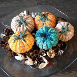 pompoenen-o-vulwol-handmade-herfst-herbst-seizoenstafel-antroposofie-vrije-school-2