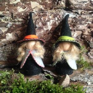 heksjes-1-kol-herfsttafel-herbsttisch-vrijeschool-handgemaakt-wolvilt-witches