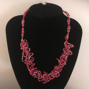Kringel-ketting-rood-rocailles